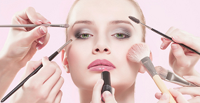 Makeup Artist Course by Harley Oxford